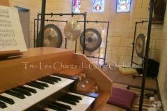 Trio les Chants du Gong Orchestra Concert gongs et orgues - Saint-Martin La Caussade 15 08 14 020